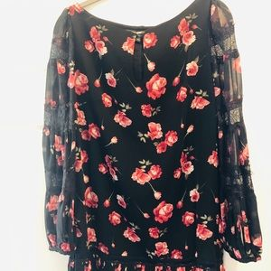 Black and pink floral tunic. Size 2